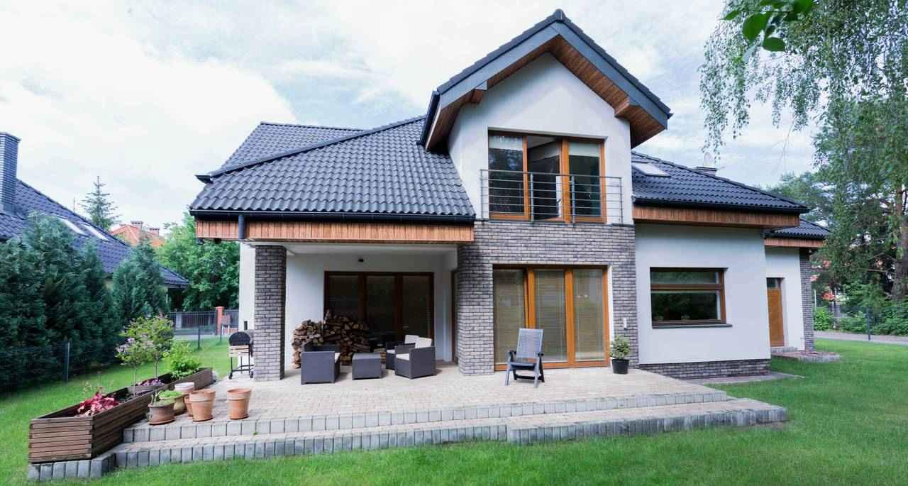Houten panelen als dakafwerking